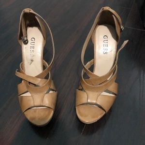 Guess Brown Pumps (used) good condition